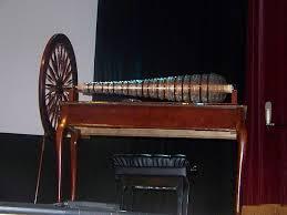 Glassarmonica suonata da Mesmer per guarire