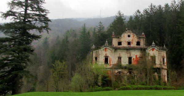 Villa-De-Vecchi